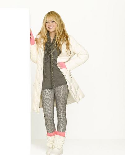 Hannah Montana forever new style