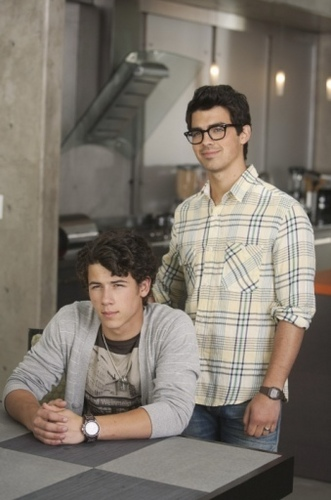 JONAS LA Ep 9' Direct to video'