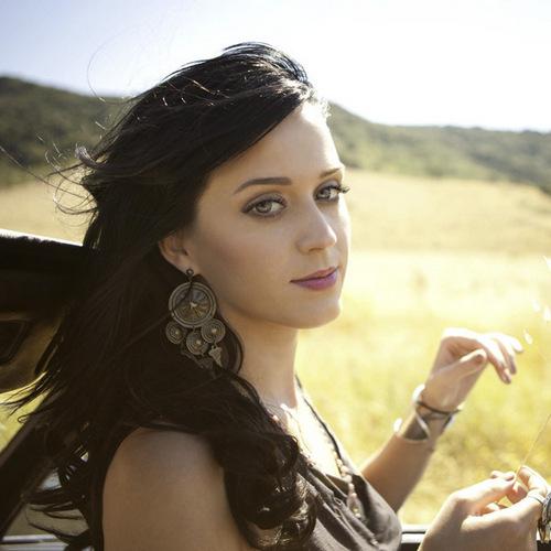 Katy Perry karatasi la kupamba ukuta entitled Katy Perry Not Like The sinema Official Promo Cover