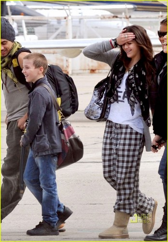 Lourdes at Bourget airport [02.08.10]