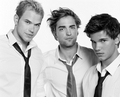 New/Old Untagged Pictures Of Robert Pattinson, Taylor Lautner, & Kellan Lutz From The Cosmo Girl Pho