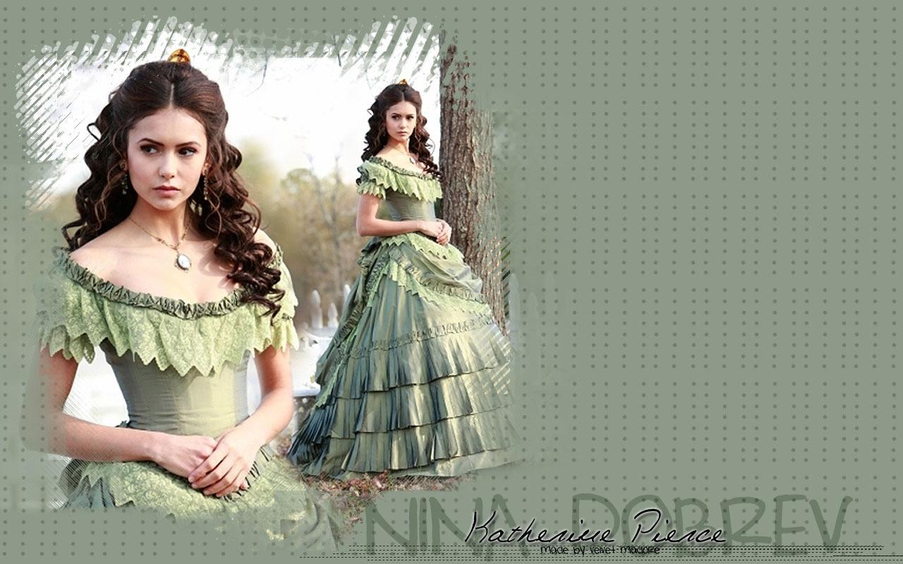http://images2.fanpop.com/image/photos/14400000/Nina-Dobrev-nina-dobrev-14472492-1280-800.jpg