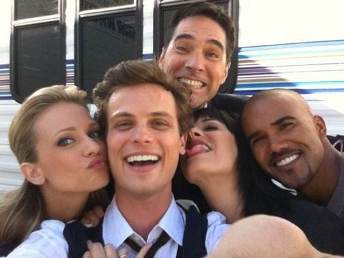 Shemar with Criminal minds cast