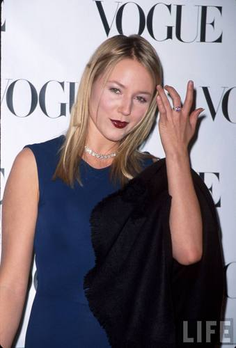 Singer Jewel at a VOGUE Magazine Event in January 1999