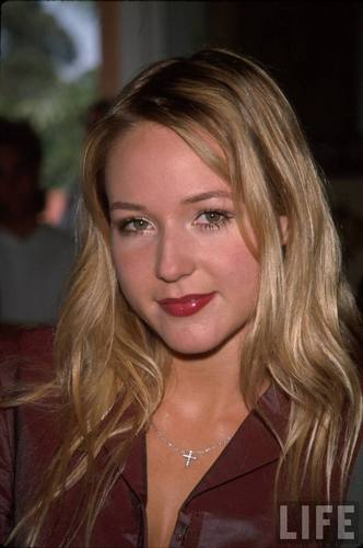 Singer Jewel in 1999 (2)
