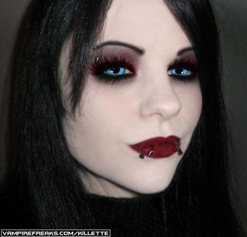 뱀파이어 바탕화면 titled Vampire Girl