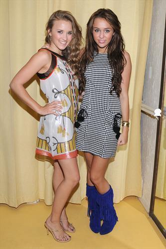 cool bff mimi and emi