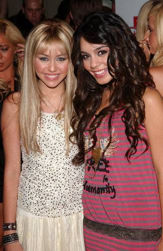 happy  - miley-and-vanessa Photo