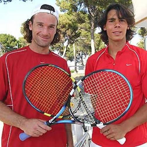 rafa and carlos red