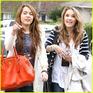 schön emily and miley forever