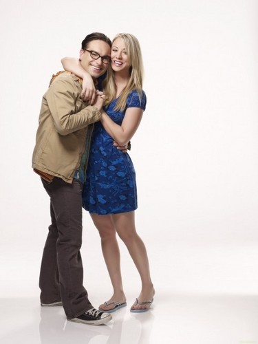 'The Big Bang Theory' Season 4 Promotional Photoshoot: Leonard & Penny