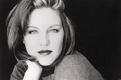 Andrea Parker - the-pretender Photo