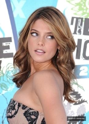 Ashley @ 2010 Teen Choice Awards