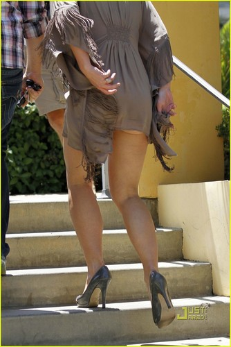 Britney Spears: Calabasas Commons Smoothie!