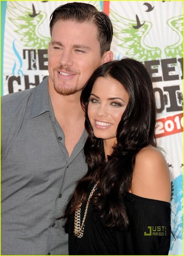 Channing & Jenna @ 2010 Teen Choice Awards