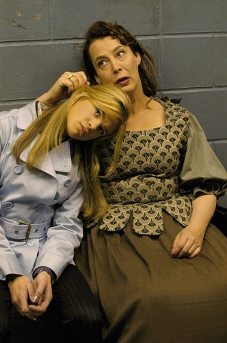 Dead Like Me fond d'écran called Dead Like Me Season 2 Stills