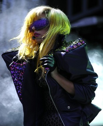 GAGA - Lollapalooza 2010 - lady-gaga Photo