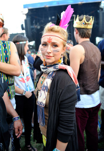 "Hayden Panettiere @ ""Lollapalooza musik Festival"" At Grant Park In Chicago -August 6th 2010 3"