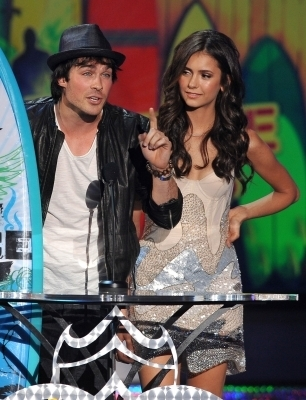 Ian & Nina @ 2010 Teen Choice Awards