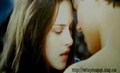 Jacob and Bella Kiss