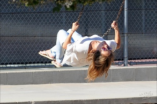 Jennifer in a LA park with her family 8/9/10
