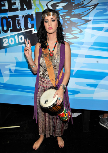 Katy Perry Teen Choice Awards 2010