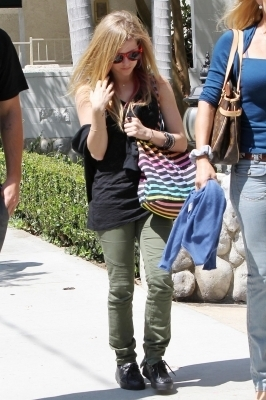Leaving Sunset Marquis Hotel in West Hollywood - 07.08.10