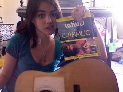 Pillados!!! Lucy-Hale-Rare-photos-pretty-little-liars-tv-show-14506167-400-300