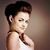 Personajes Determinados Lucy-lucy-hale-14578850-100-100