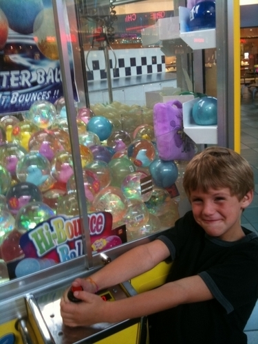 Matty b claw machine!