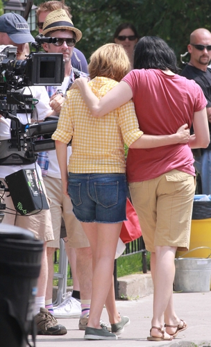 "Michelle Williams & Sarah Silverman on the Set from her new Movie ""Take This Waltz"""