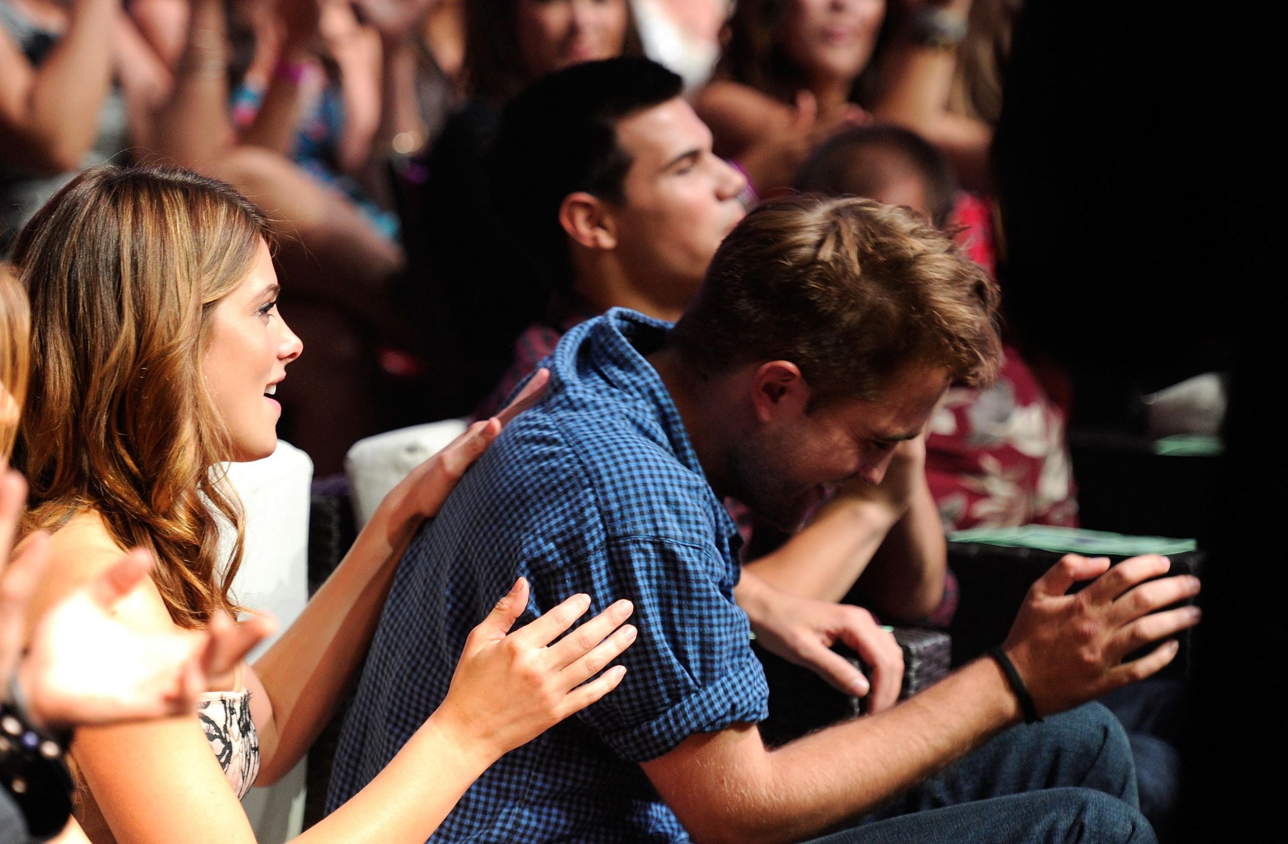 More Rob @ Teen Choice Awards '10 [HQ]