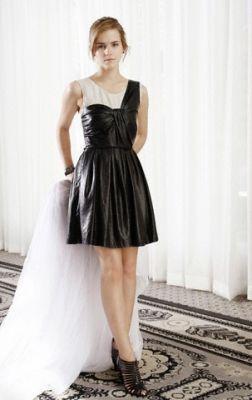 Photoshoots > Women's Wear Daily 2009