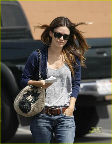 Rachel Bilson in LA (August 5)