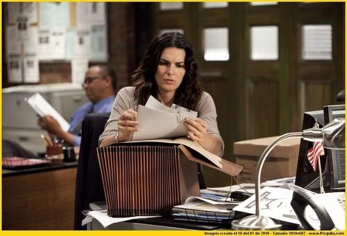 Rizzoli and Isles 1x02