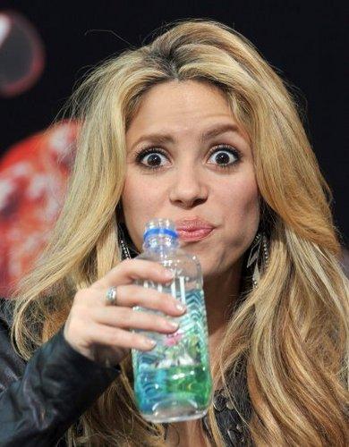 Shakira wallpaper called SHAKIRA