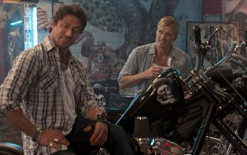 Sylvester Stallone and Dolph Lundgren in The Expendables