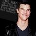 Taylor Lautner < 3