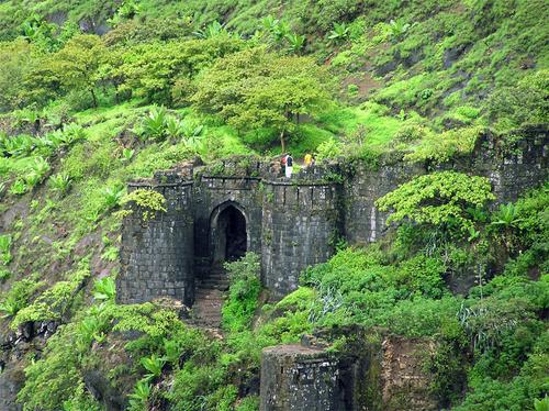 fort sinhgadh - kalyan darvaja (darvaja= gate)