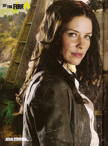 [Evangeline Lilly-/Kate 写真 from ロスト Magazine 31 Special Edition August 2010