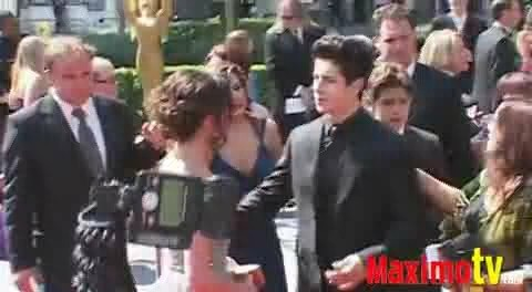2009 Emmys (September 12, 2009) - dalena Screencap