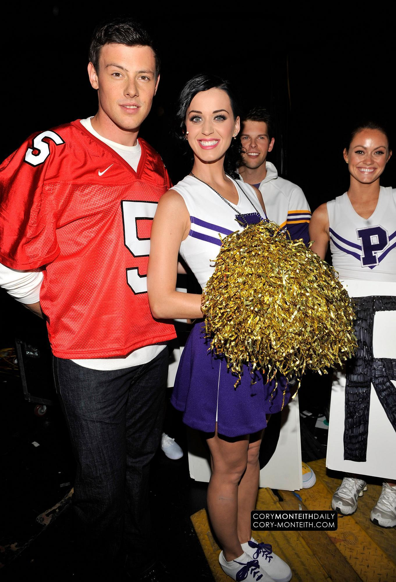 Cory @ 2010 Teen Choice Awards - Backstage