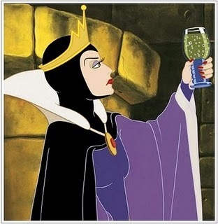 Disney Villains پیپر وال entitled Evil Queen