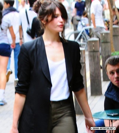 Gemma Arterton shopping in Convent Garden in London (August 7)