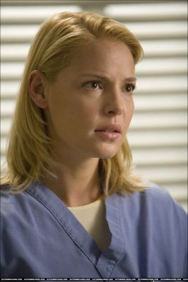Weibliche TV-Figuren Hintergrund called Izzie Stevens - Greys Anatomy