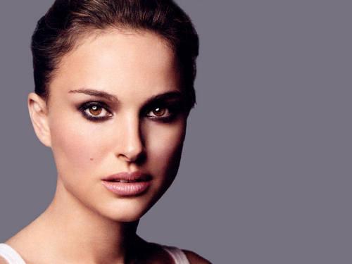 Natalie Portman karatasi la kupamba ukuta called Natalie Portman