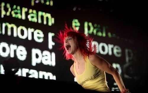Paramore, 8.08.2010, DARIEN CENTER, NY