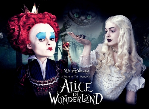 Alice in Wonderland (2010) wallpaper entitled Red and White Queen