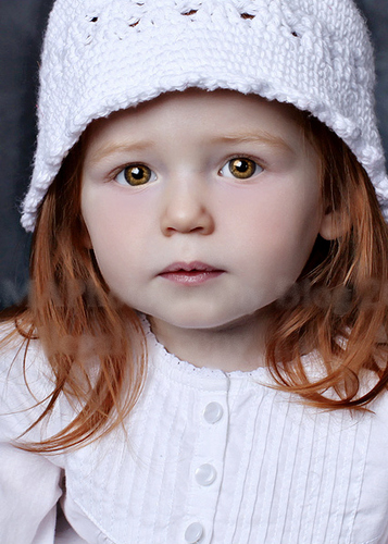 Renesmee Carlie Cullen (look-alike)
