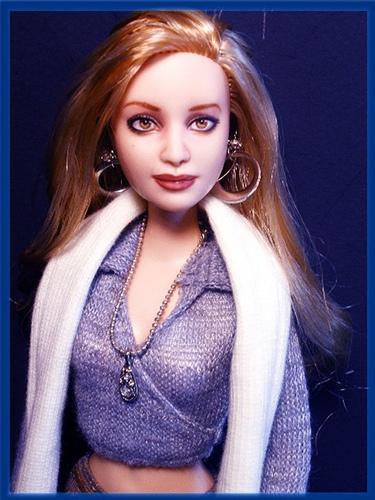 Rosalie Hale fond d'écran titled Rosalie doll .